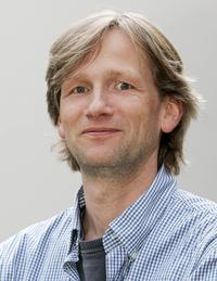 Schroeer_Wolfgang_Prof._Dr._2007_rdax_200x259_01